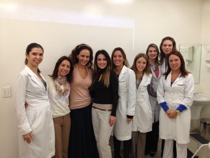 médicas clíninca Adriana Vilarinho treinamento Galderma